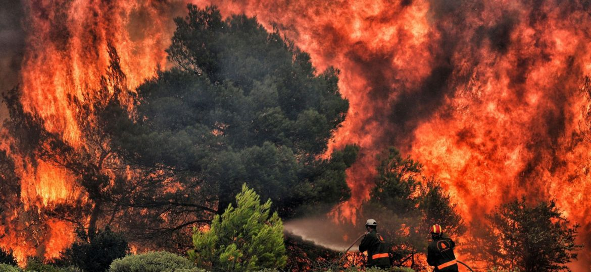 TOPSHOT-GREECE-FIRE